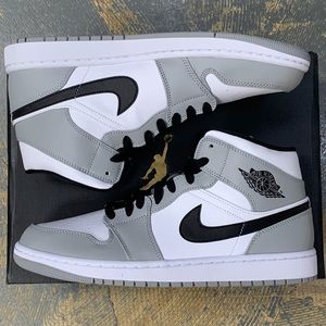 Nike Air Jordan 1 Mid Smoke Grey 554724-092 10